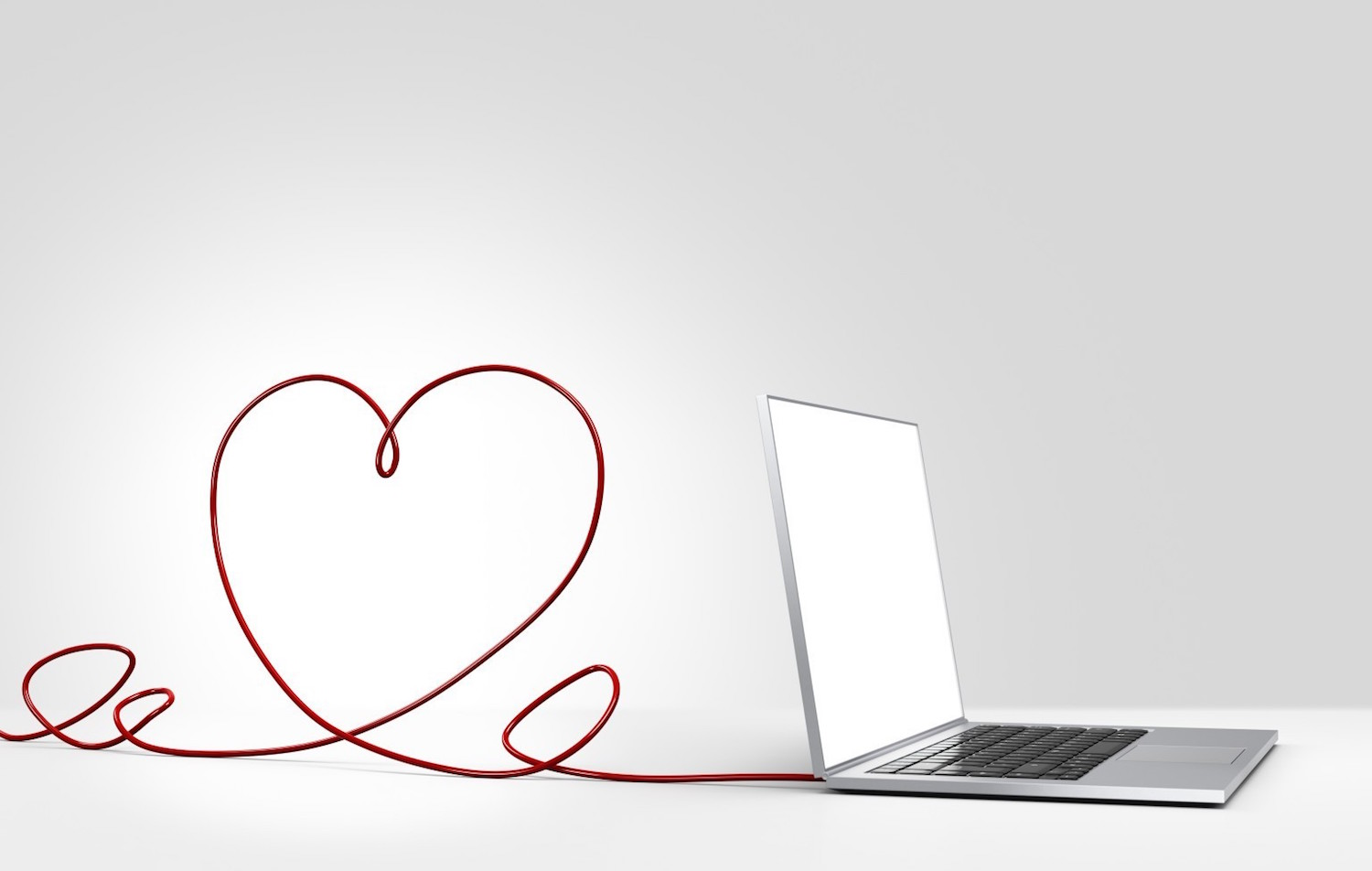 10 Ways To Tell If Your Online Dating Love Interest Is Really A Romance Scammer