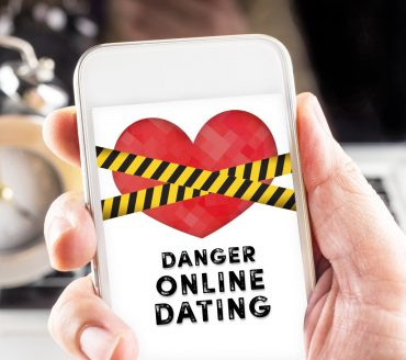 The 10 Habits of a Successful Online Dating Scammer